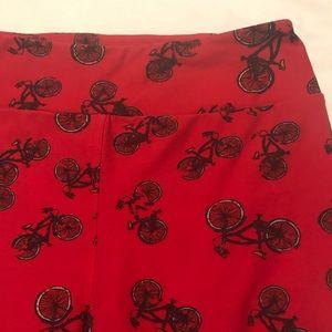 🚲❤️ LuLaRoe Red Bicycle Leggings! ❤️🚲